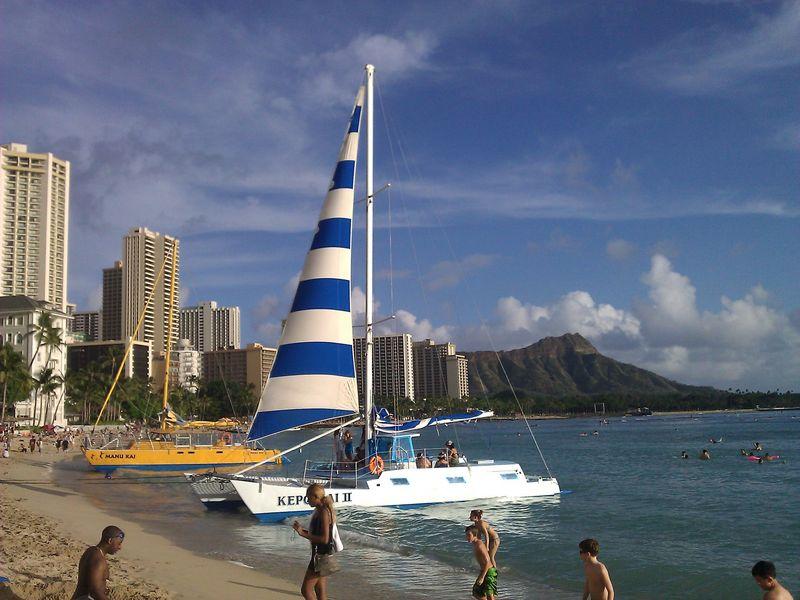 Waikiki QPR boat